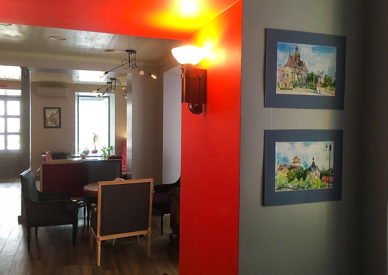 """В центре Херсона открылось гастро-кафе """"Томатный сок"""" с отличным фоновым звуком Dynacord"""