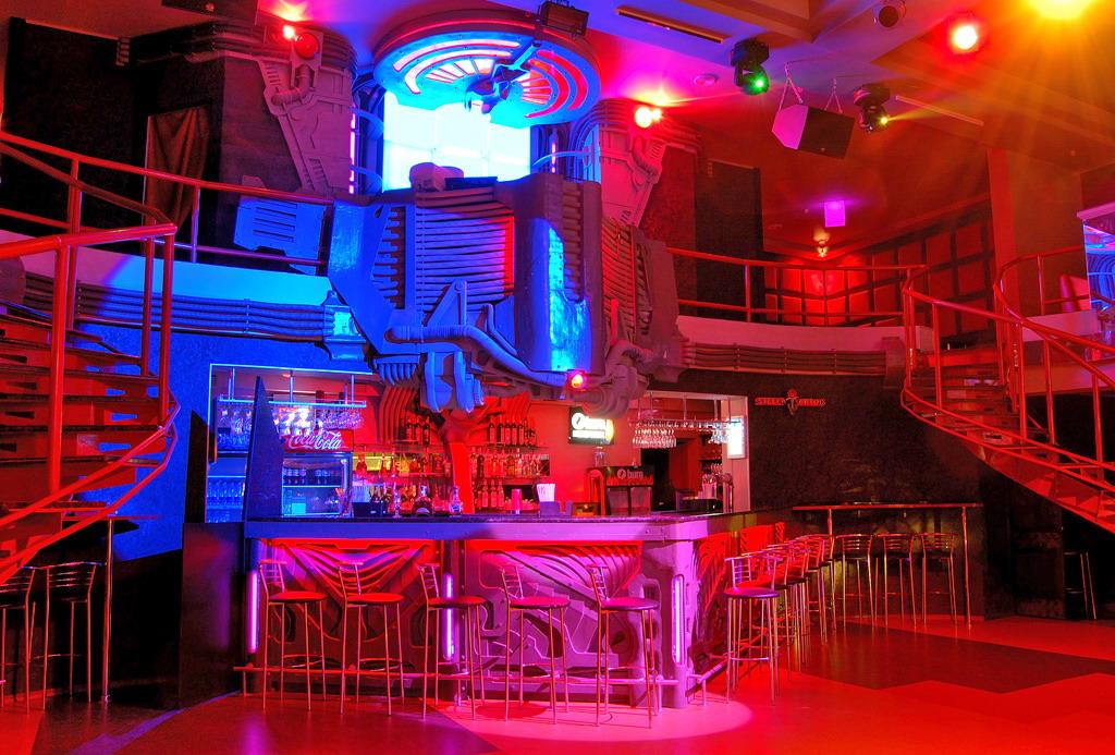 ночной клуб вулкан горловка сайт афиша